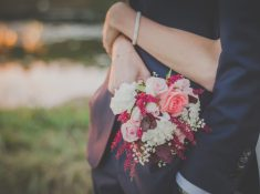 "Get Brides to say ""I Do"" with these easy marketing tips"