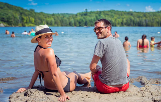 Lac Leamy Beach. Here is a detailed list of Amazing things to do in Ottawa for couples on a trip. Book your next trip and adventure to Ottawa. Here is a list of romantic things to do in Ottawa for couples that love adventure. #ottawa #canada #thingstodoinottawa #traveltoottawa. Tips for traveling to Canada. Things to do in Canada