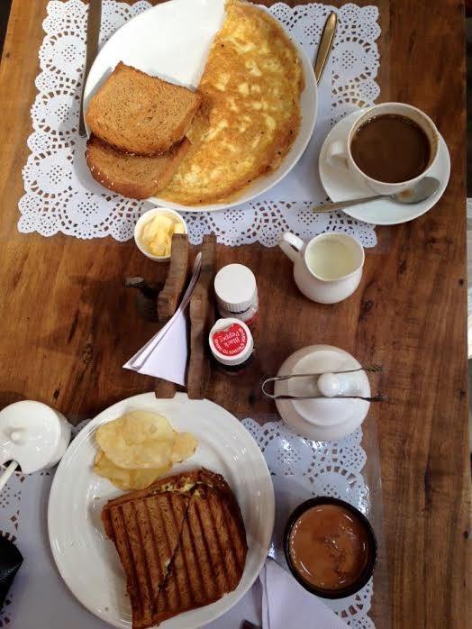 Breakfast in Teapot cafe