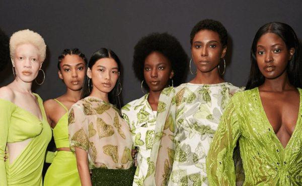 Green goddesses right before the runway at alietteny September 2019