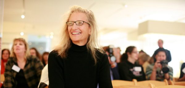 The Life and Story of Famous TCK Photographer Annie Leibovitz