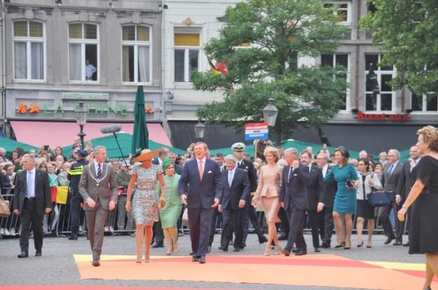 Maastricht Ank Bijleveld-Schouten, voorzitter 200 jaar Koninkrijk en commissaris van de Koning voor Overijssel verwelkomt staatshoofden