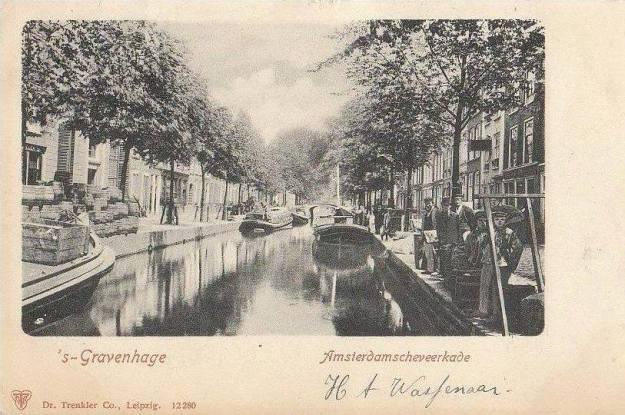 Haagsche Vliet: Amsterdamse veerkade met gracht rond 1900