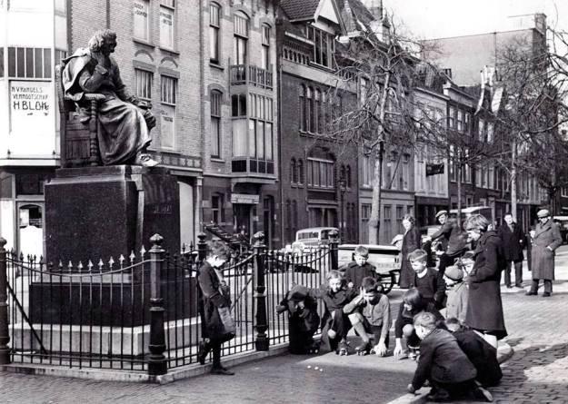 Stille Veerkade met Spinoza, 1939