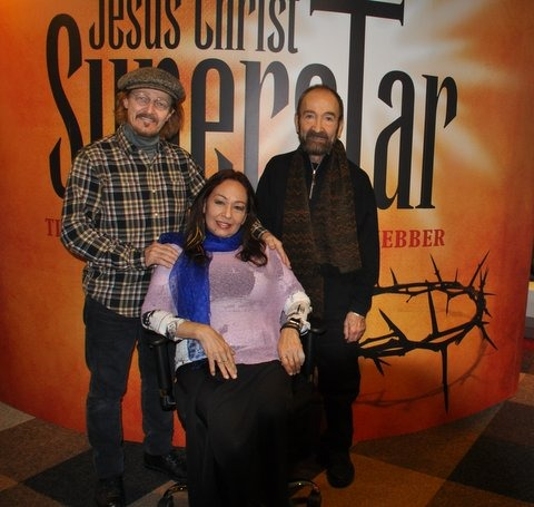 De cast van film en musical Jesus Christ Superstar, Ted Neeley, Yvonne Elliman en Barry Dennen, foot: Marianne Visser van Klaarwater