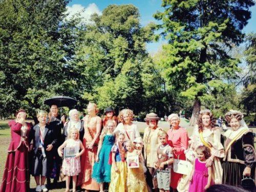 Hollands Historisch Festival, 8 vorstinnen in de Paleistuin