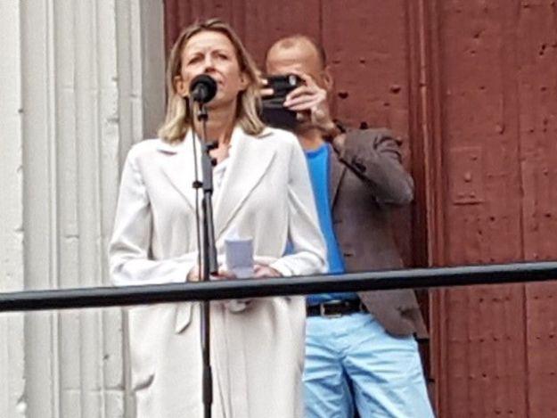 Minister Ollongren: ''Handen af van onze burgemeester Jos Wienen''