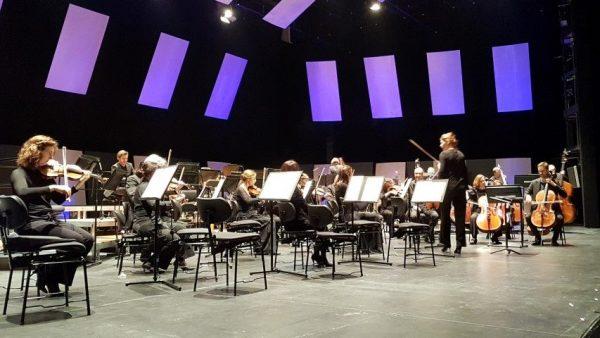 Het Residentieorkest is blij met de vier hoorns; concert 23 november in het Zuiderstrandtheater