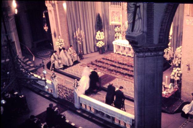 Cultuur onder vuur, 6 september 1962 trouwden Peter Lasschuit en Adri Slecners in de Spaarnekerk van Haarl, ruim 20 jaar later werd de kerk gesloopt.