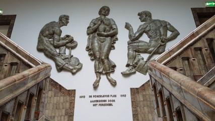 De Porceleyne Fles, Delft, trap in bouwkeramiek