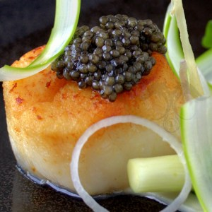 siberian-caviar-on-scallop