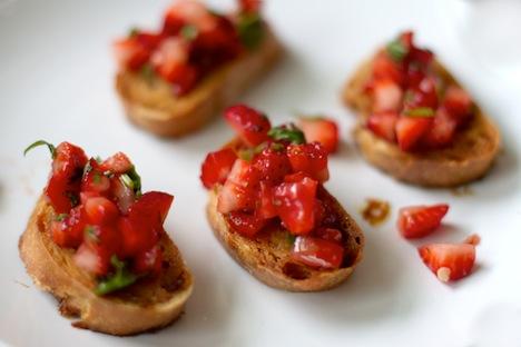 gwg-strawberry-salsa-7