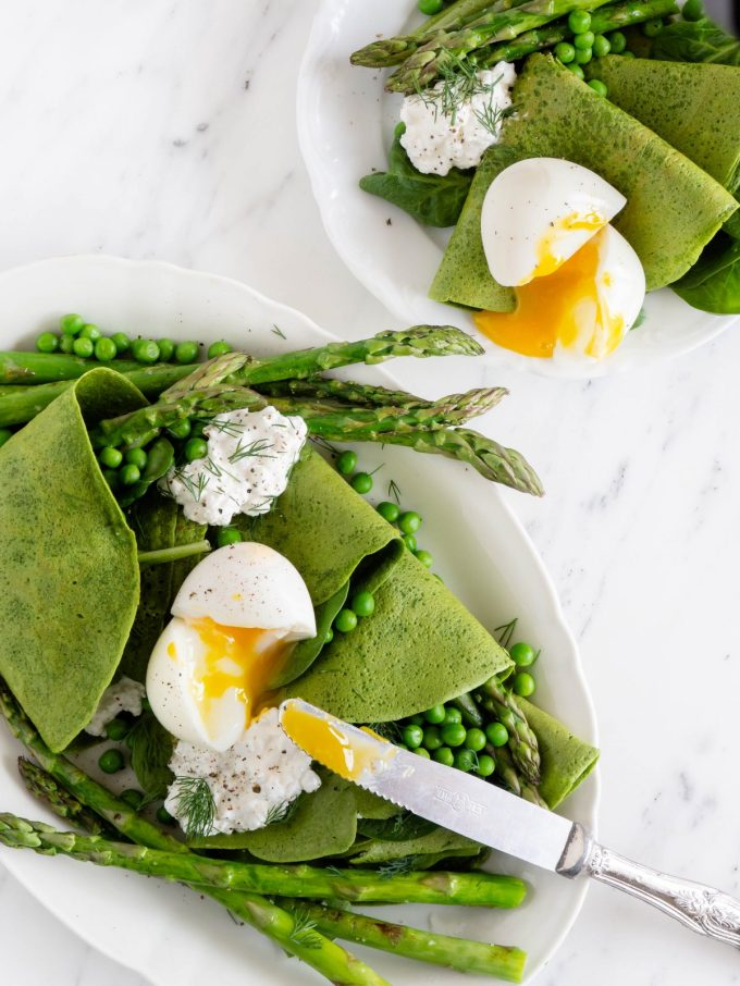 """spinach pancakes with asparagus """"width ="""" 1200 """"height ="""" 1600 """"/> </figure data-recalc-dims="""