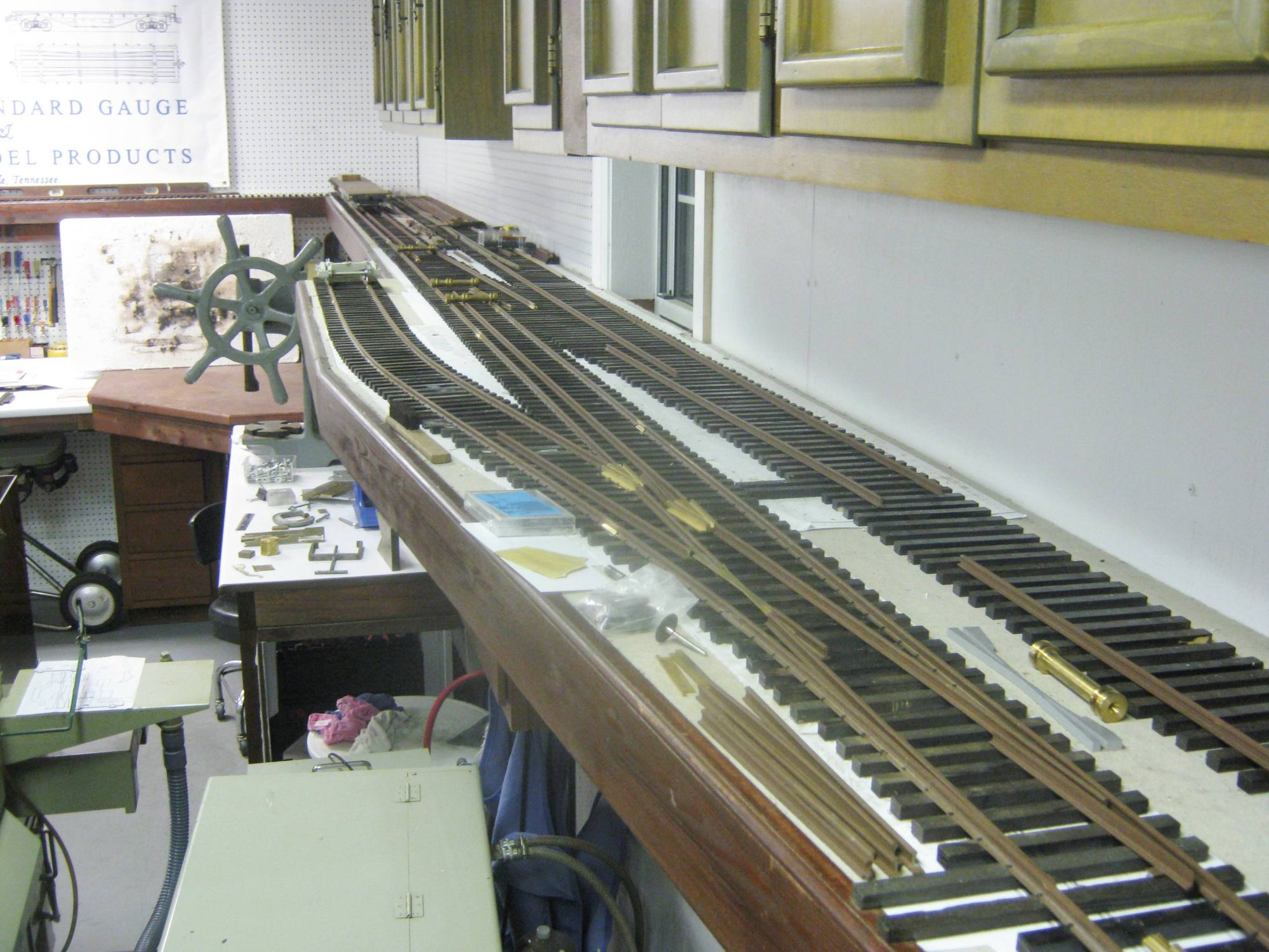 hight resolution of work on the test tracks around two sides of the shop are getting closer to completion the tracks are dual gauge f fn3 and feature both 6 and 8 dg