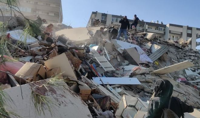 İzmir Seferihisar'da 6,6 büyüklüğünde deprem