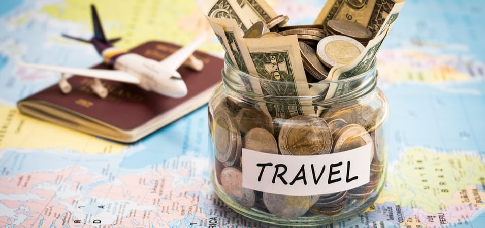 11 Ways to Save Money to Travel More