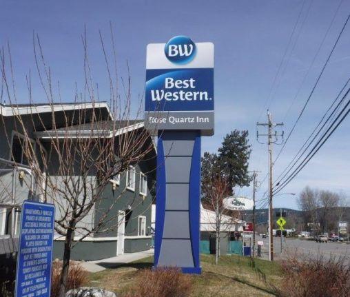BW Specialty Pylon - Rose Quartz Inn