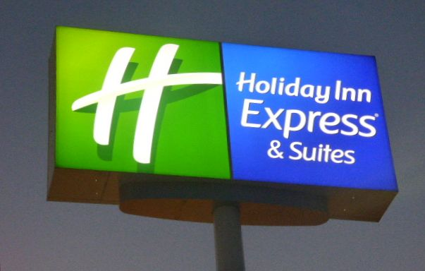 Holiday Inn Express& Suites Sign Head