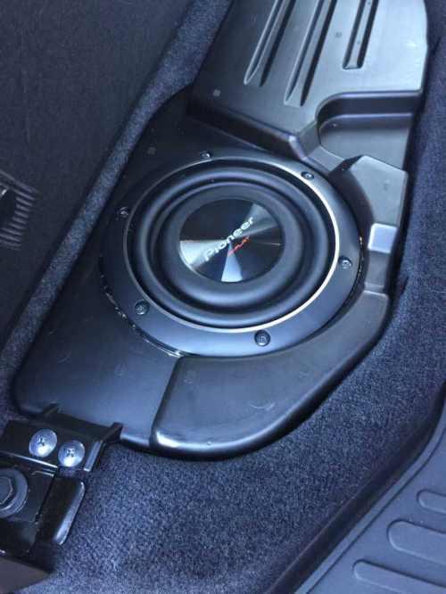 small resolution of alpine oem subwoofer and dash speaker upgrade imageuploadedbyautoguide1425166068 586976 jpg