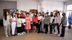 Burse pentru elevii Liceului Tehnologic Nicolae Dumitrescu din Cumpăna. FOTO Primăria Cumpăna