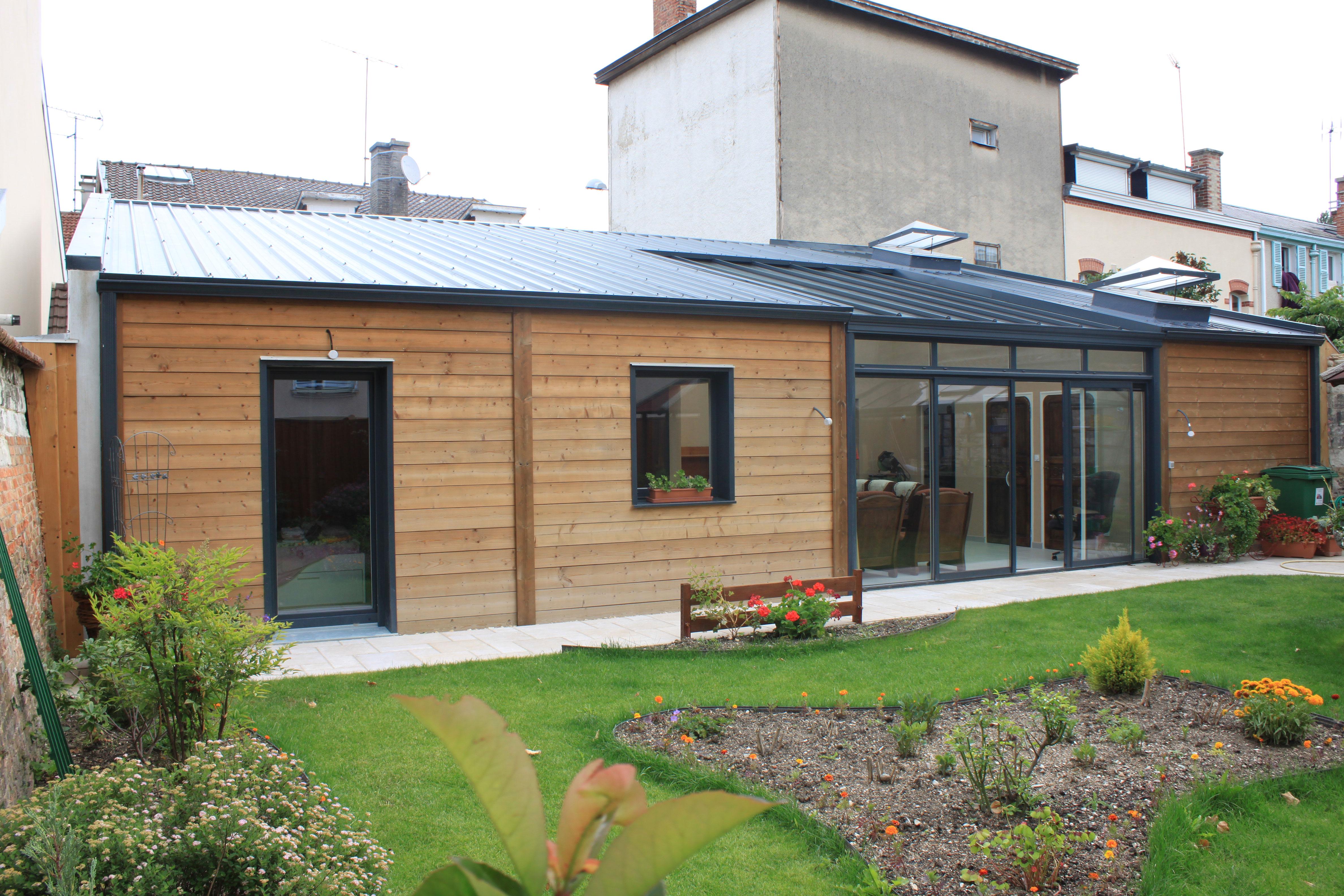 Maison moderne bois maison cologique cl en main nous for Maison de plain pied en bois