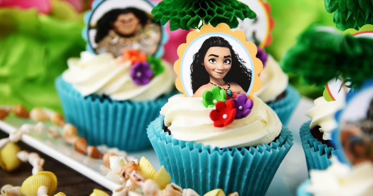 kitchen crock chili pepper decorating themes moana cupcakes