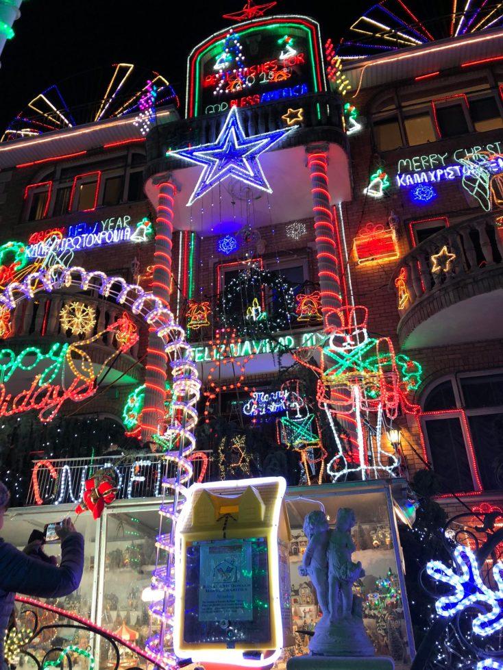 A Slice Of Brooklyn Christmas Lights Tour Cupcake N Dreams