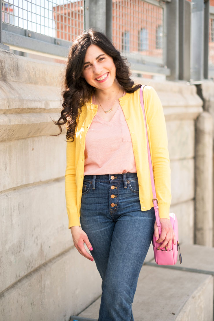 Blush Tee and Button Front Jeans | www.cupcakesandthecosmos.com