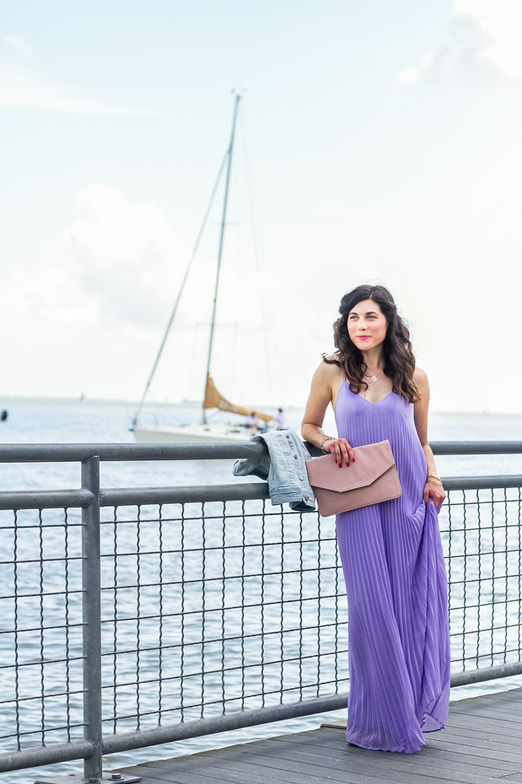 Lavender pleated dress at Kemah Boradwalk in Houston, Texas | www.cupcakesandthecosmos.com