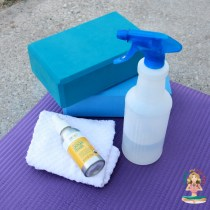 How to Clean Your Yoga Mat at Home