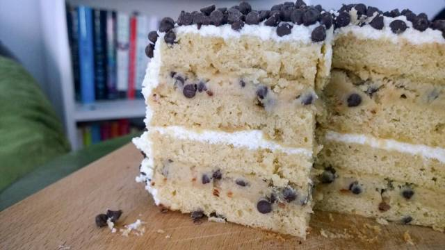 chocolate chip cookie dough cake chocolate chip cookie dough cake cupcakes for dinner 2853