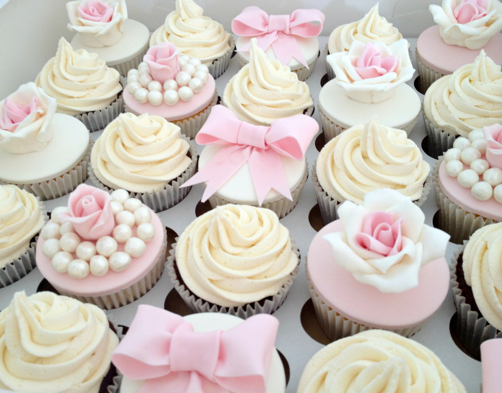 Pink And Black Baby Shower Cakes