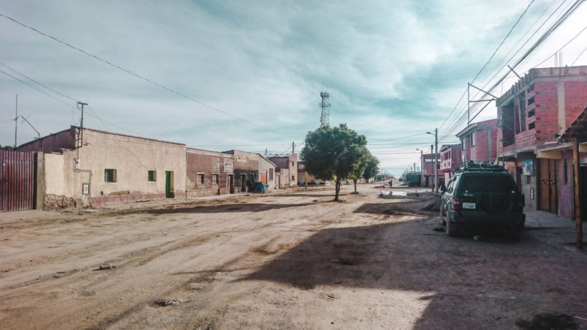 uyuni town salt flats bolivia