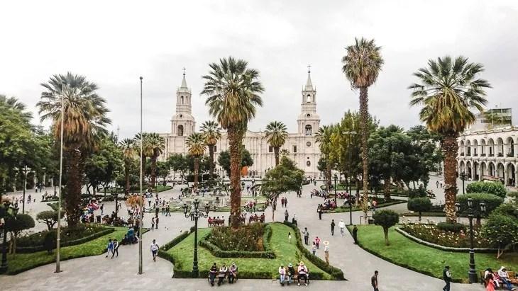 arequipa peru central plaza