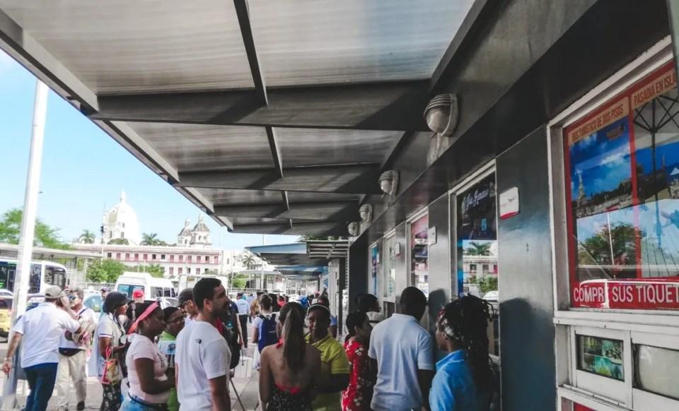 La Muralla port: Boat trip from Cartagena to Isla Baru Playa Grande   Cartagena Day Trips   Colombia travel guides