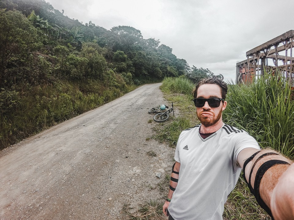 how to book a death road tour from la paz bolivia cycle