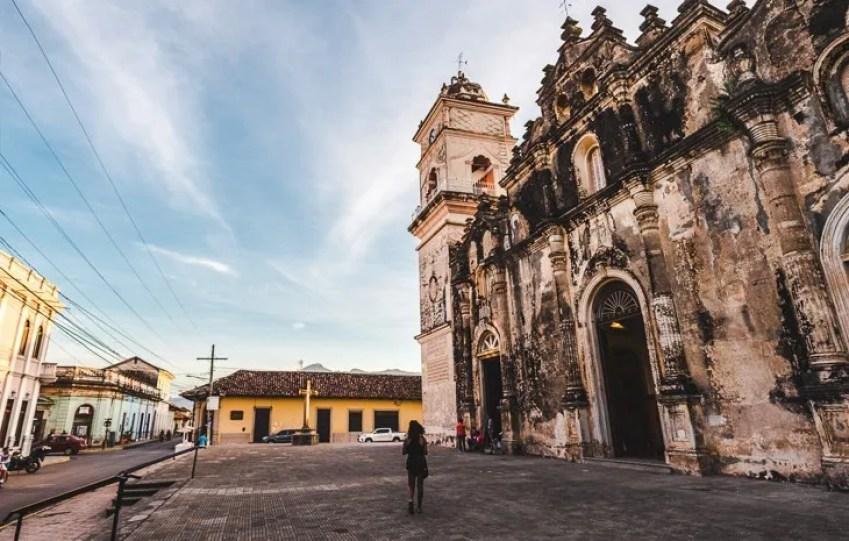 Things to do in Granada Nicaragua best hostels nightlife