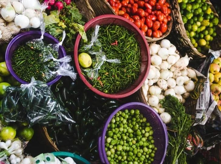 Chichicastenango market backpacking in guatemala things to do