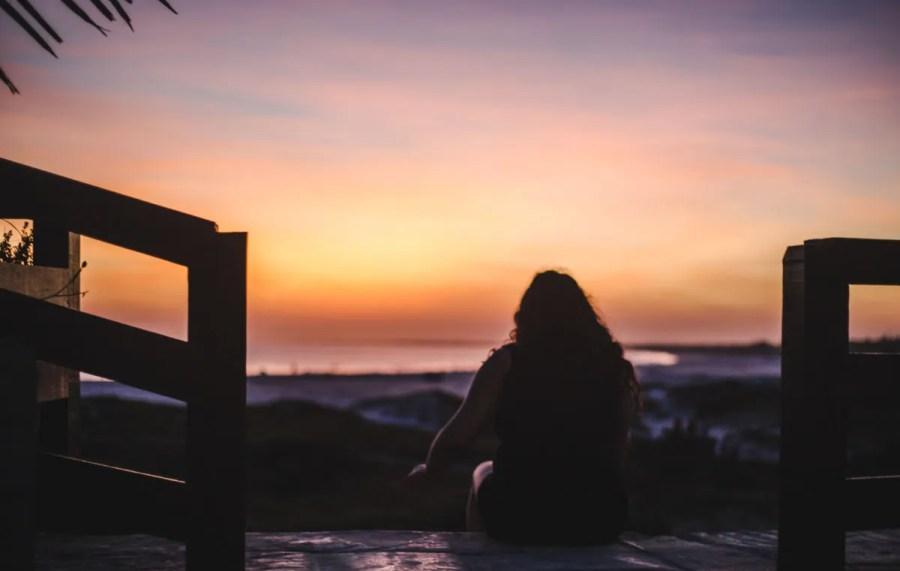 downside of long-term travel homesickness