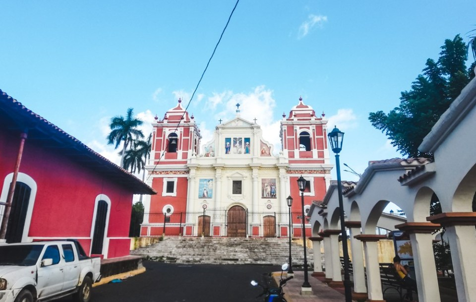 what to do in leon nicaragua volcano boarding colonial tour