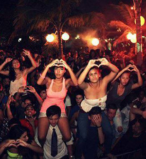Full Moon Party at Kokomo Curacao