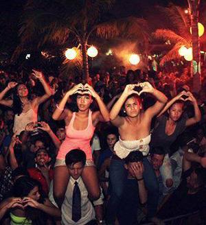 Full Moon Party at Kokomo Curacao