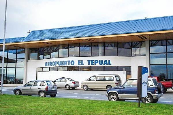 """MOP refuta a Sacyr por solicitud de compensaciones en aeropuerto El Tepual: """"Pretende endosar al Estado de Chile un riesgo empresarial"""""""