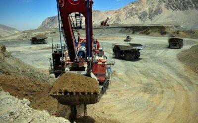 Los precios de las materias primas se han disparado, pero las mineras no están invirtiendo – La Tercera