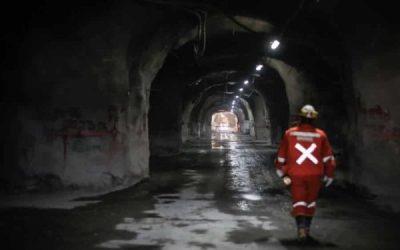 Gigante minero revisa inversión por US$ 500 millones en Chile ante escenario político y evalúa a Argentina