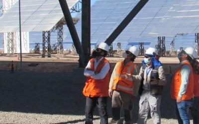 Los primeros operadores y mantenedores de plantas de concentración solar de potencia formados en Chile ya están en funciones