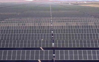 Acciona Energía abre central solar de 922 MW en Chile
