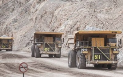Justicia chilena ordena a minera detener la extracción de agua por daño ambiental