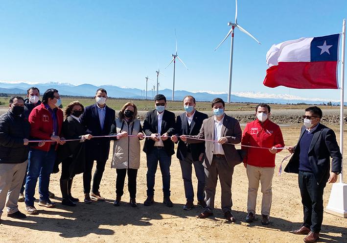 Inauguran Parque Eólico en la VI Región que beneficiará a cerca de 60 mil familias. Cuenta con 50MW de capacidad instalada
