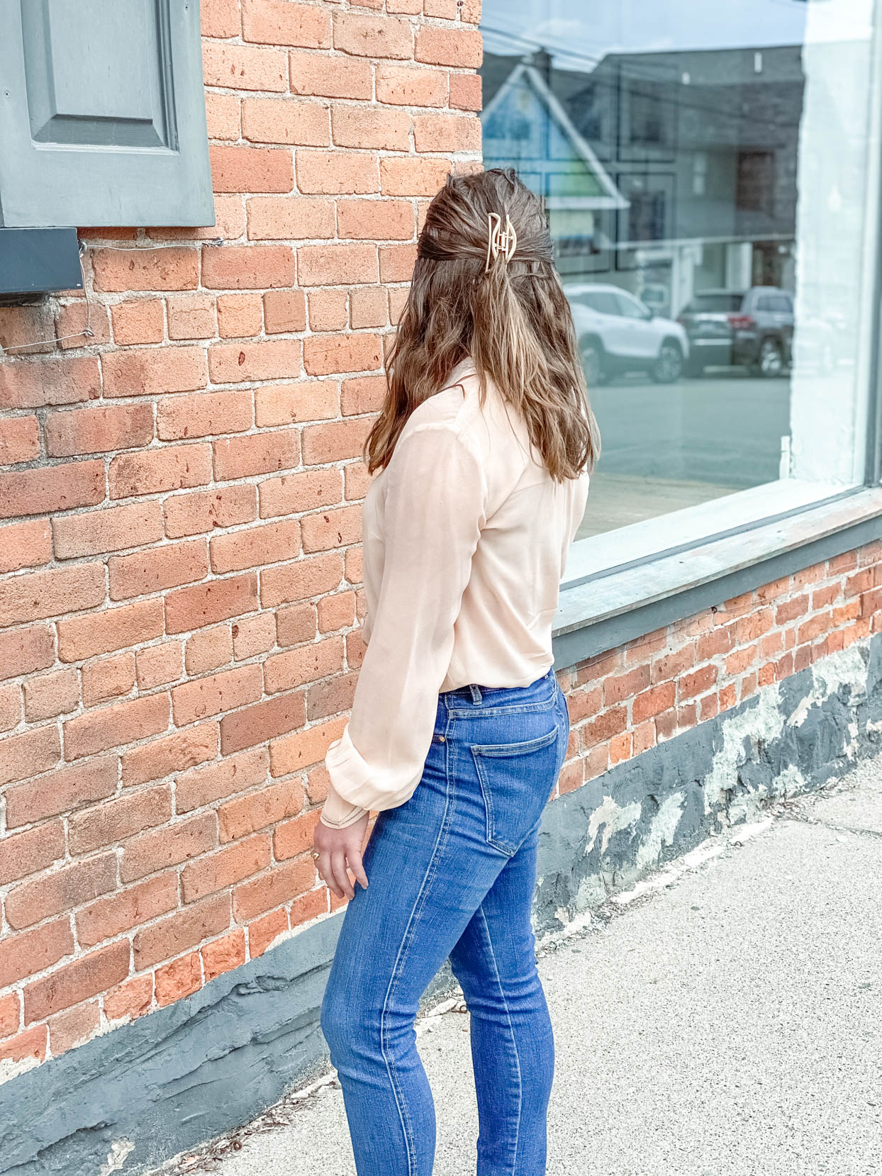 Pink Blouse and Skinny Jeans